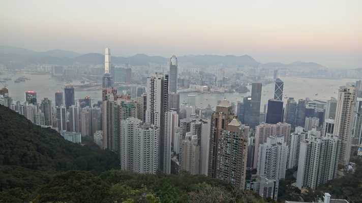 skyline hong kong vanaf the peak