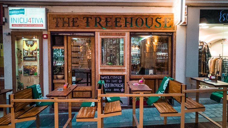 Eten en drinken in Zagreb:: The Treehouse Caffe
